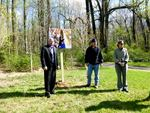 Gordon Natural Area Tree Grove sign unveiling (1)